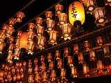 四国霊場霊山1番・霊山寺本堂の灯籠