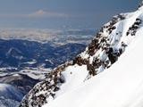 秋田駒ケ岳男岳から鳥海山遠望
