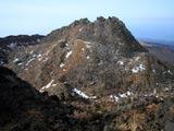 晩秋の鳥海山新山