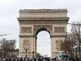 パリ・エトワール凱旋門