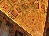 バチカン美術館地図のギャラリーの天井装飾