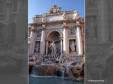 トレビの泉と中央の彫刻